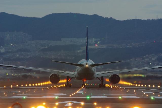伊丹空港のアクセスや駐車場と周辺のグルメやホテル事情