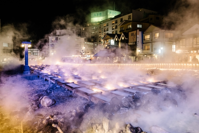 草津の温泉やスキー、見どころや観光マップと白根山の動画
