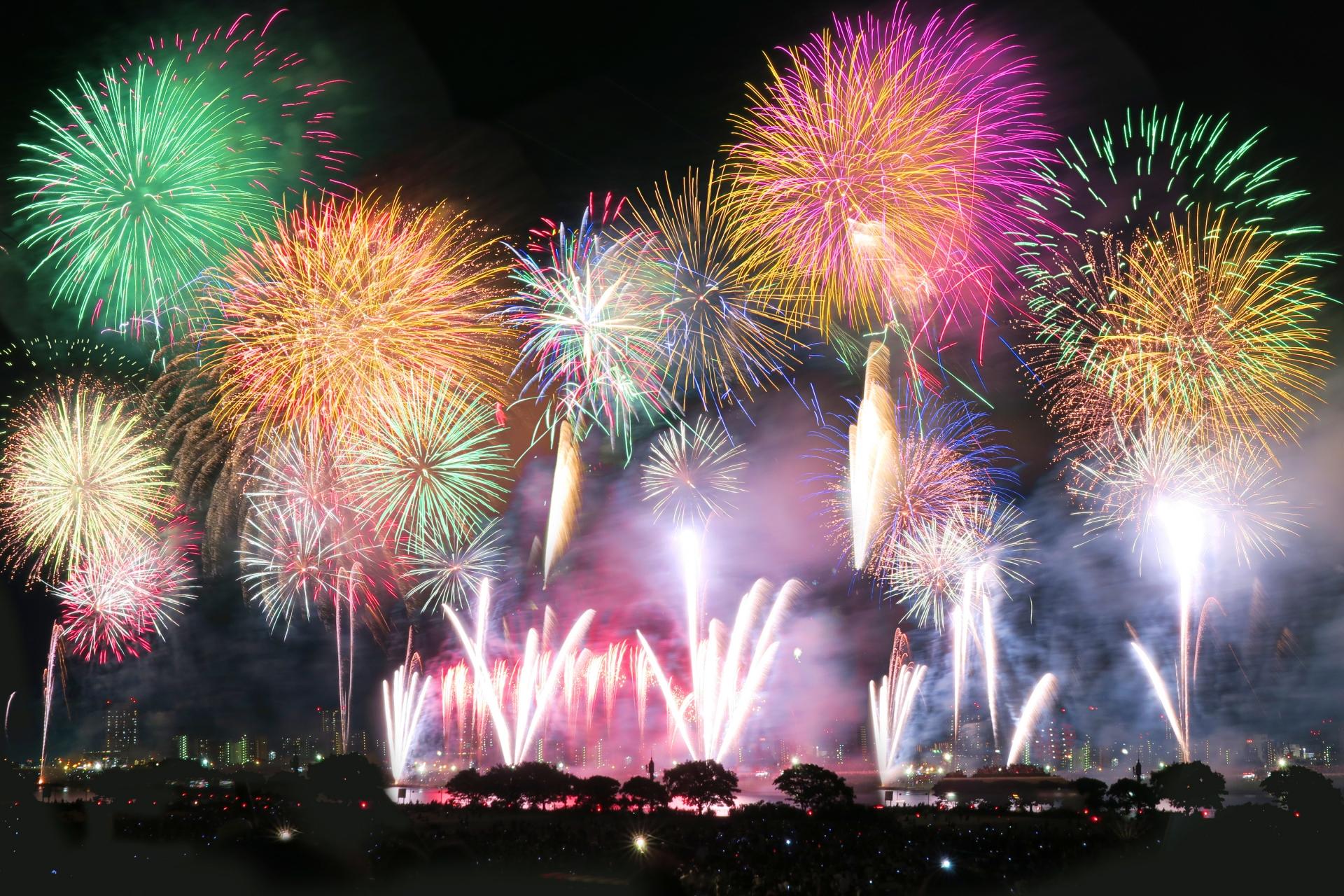 花火大会・関東や関西の人気イベントと全国「花火カレンダー2018版」の紹介